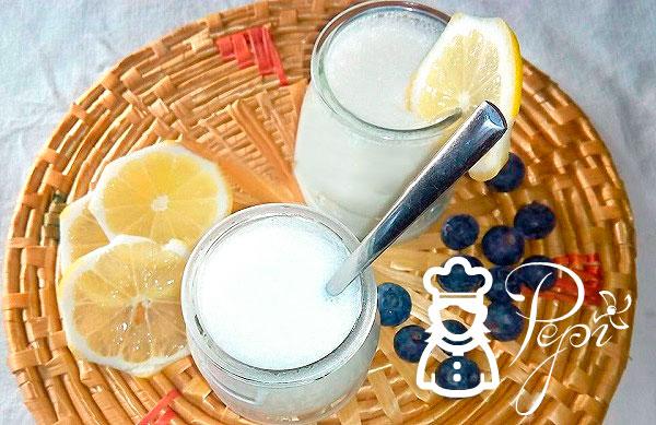 Yogur cremoso de limón