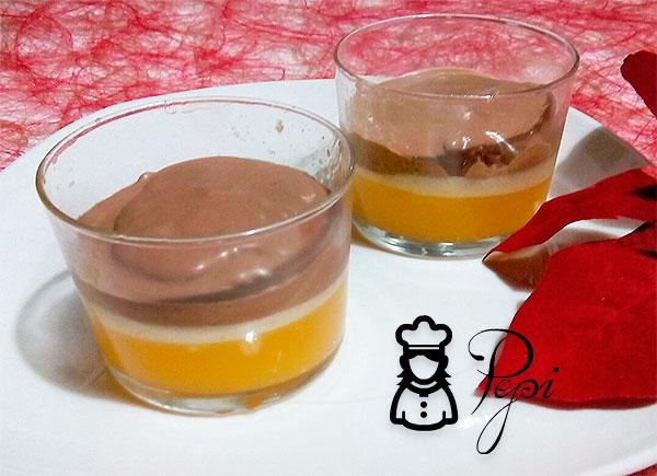 Vasitos de naranja y chocolate