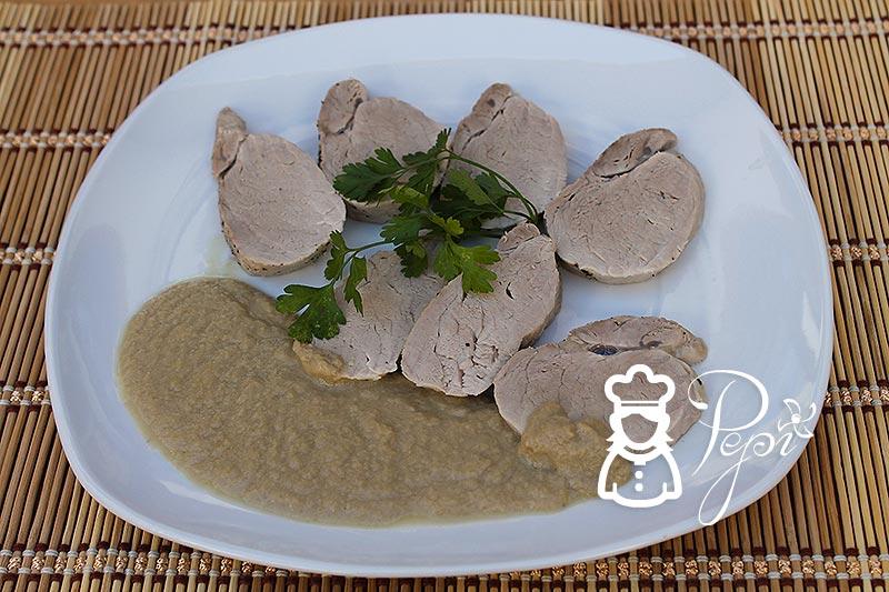 Solomillo de cerdo con salsa de champiñones